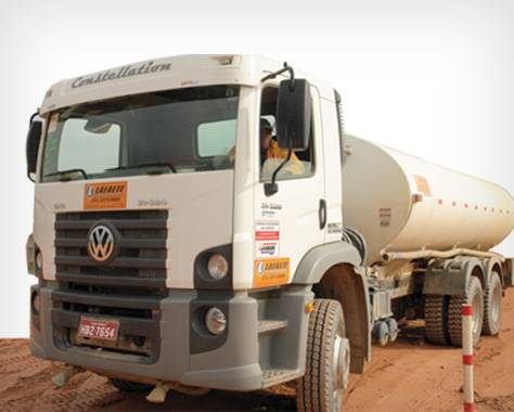 Caminhão para transporte de água
