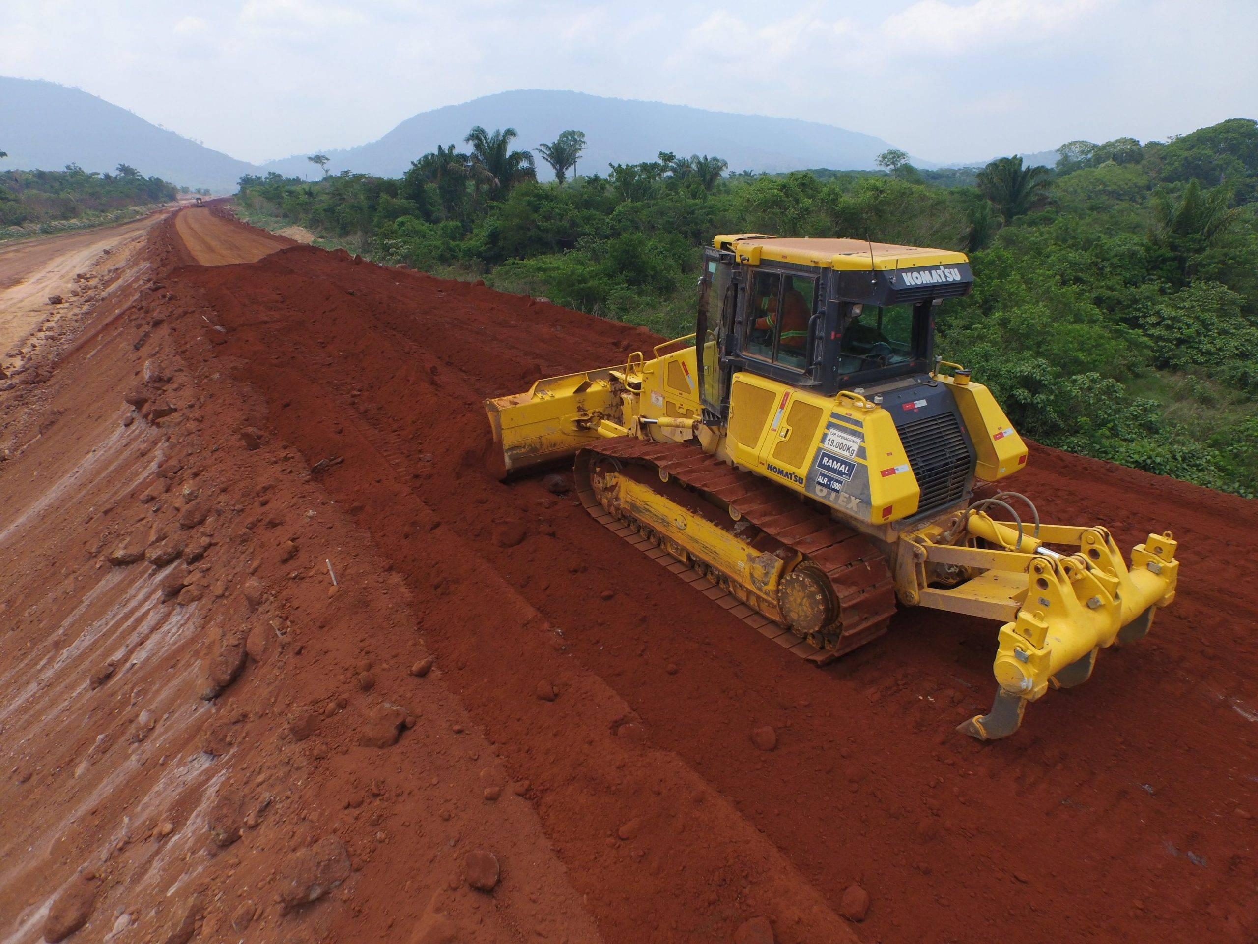 terraplanagem lafaete locação de equipamentos