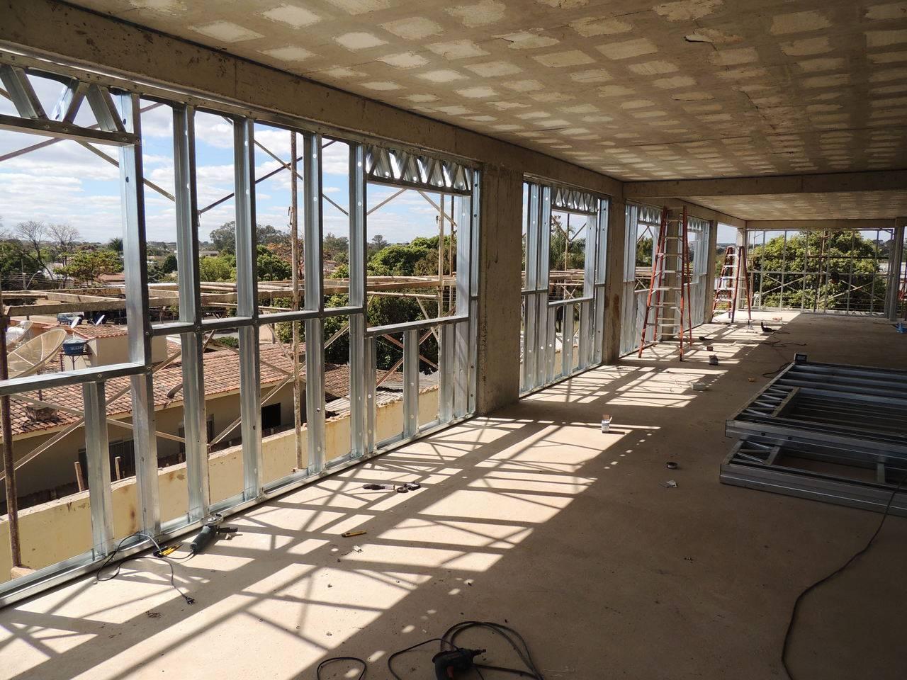 Visão interna de uma fachada em Light Steel Frame
