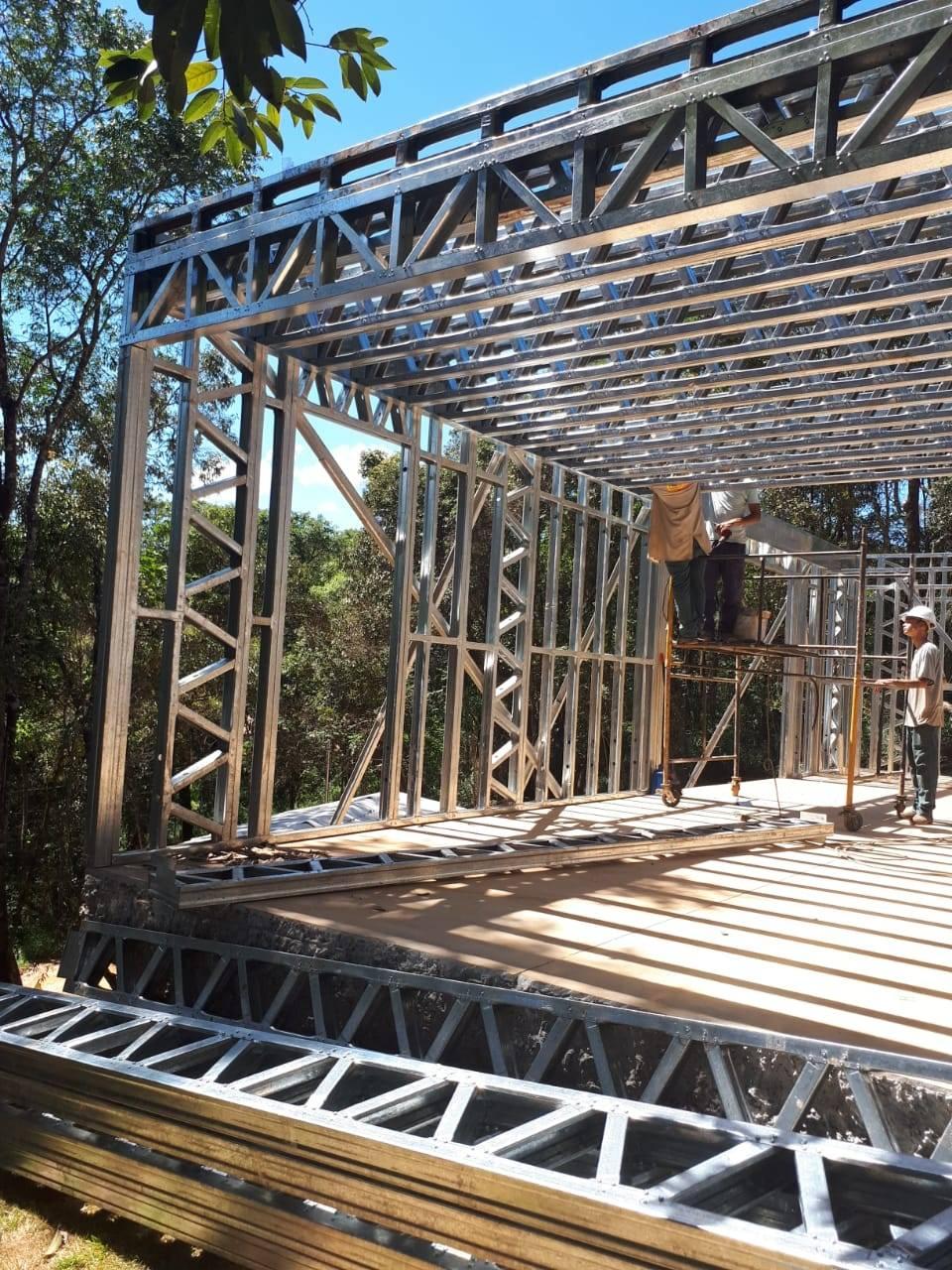 Construção de casa sofisticada em Light Steel Frame