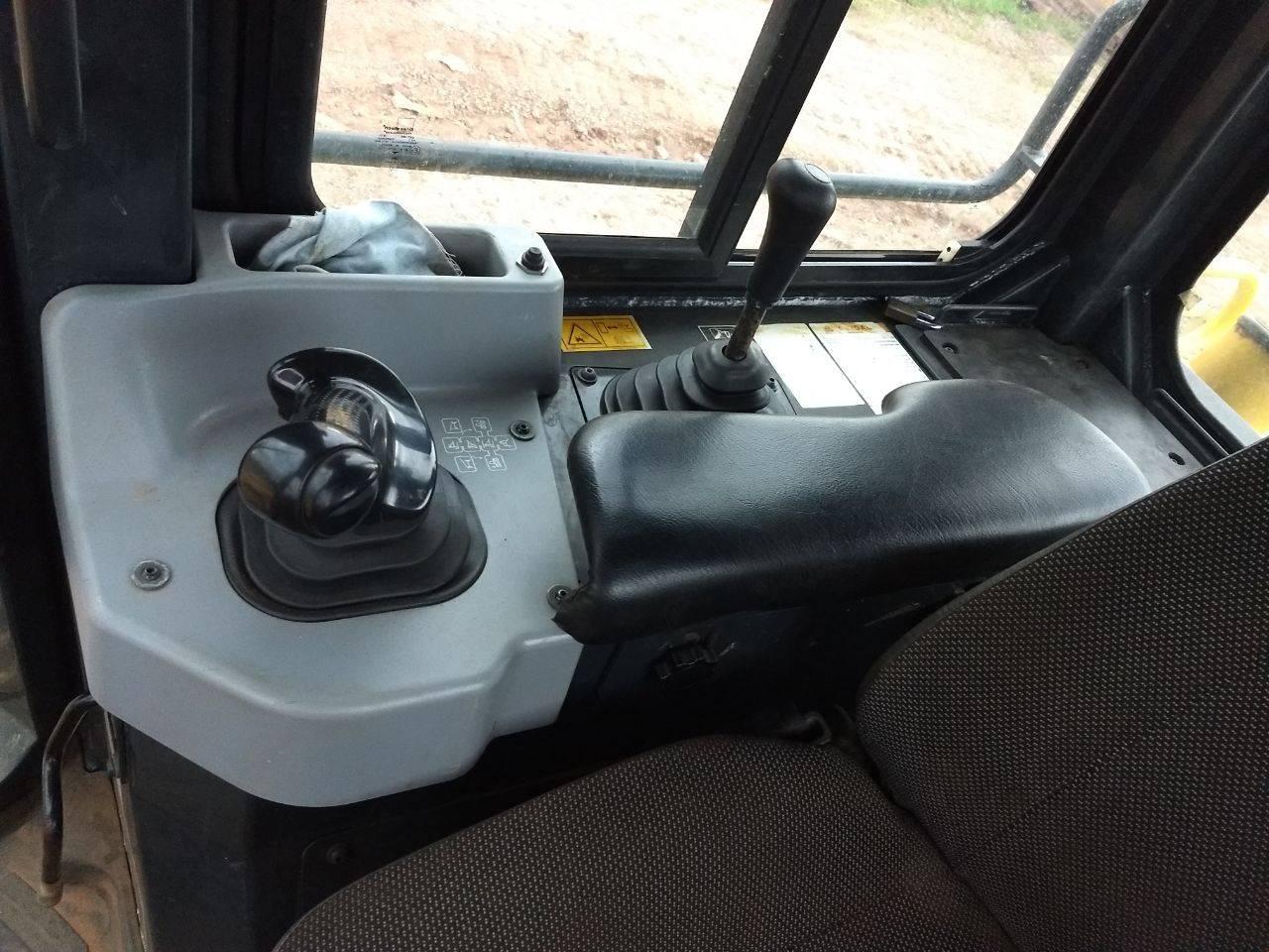rolo compactador na lafaete locação