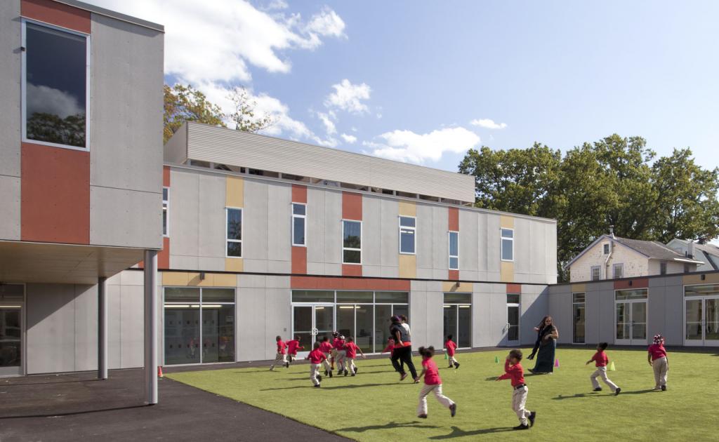 Construção modular no Brasil e o no mundo - Lady Liberty Academy Charter School