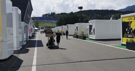 Construção modular no Brasil e no mundo - Paddock da Fórmula 1
